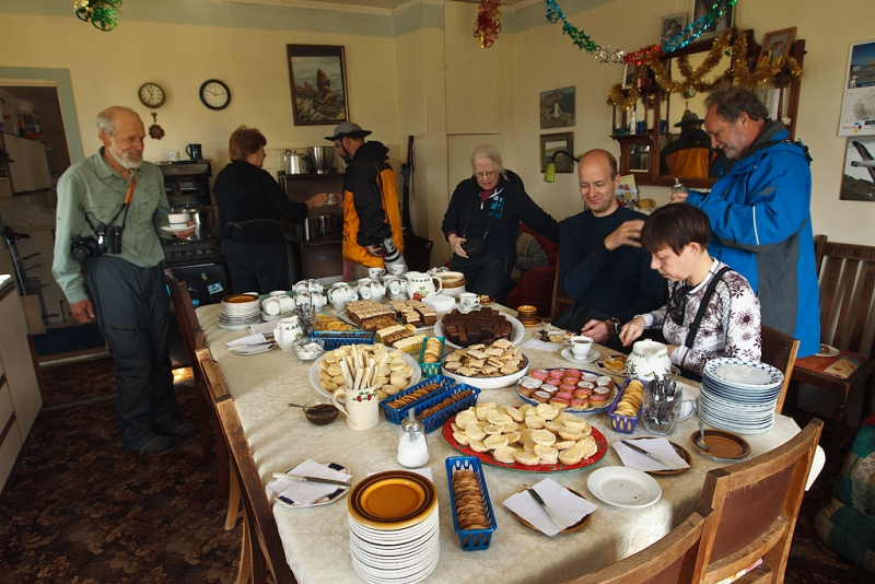 hospitality-and-sweets-_y9c3595-west-point-falkland-islands
