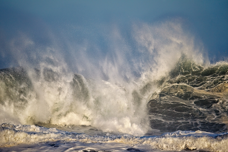 wave-breaking-_y9c0029-morro-bay-ca
