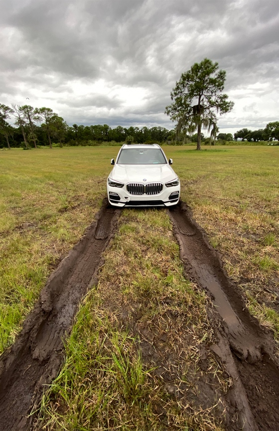 X5-stuck-in-mud-IMG_0546