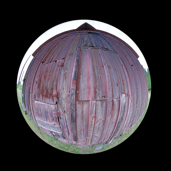 red-barn-with-cirlcle-lens-_P3A0570-Palouse,-WA
