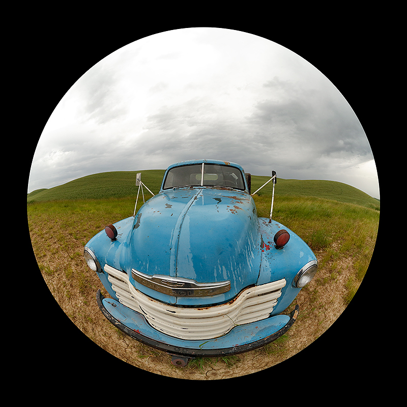 blue-truck-circle-lens-_t0a0311the-palouse-wa