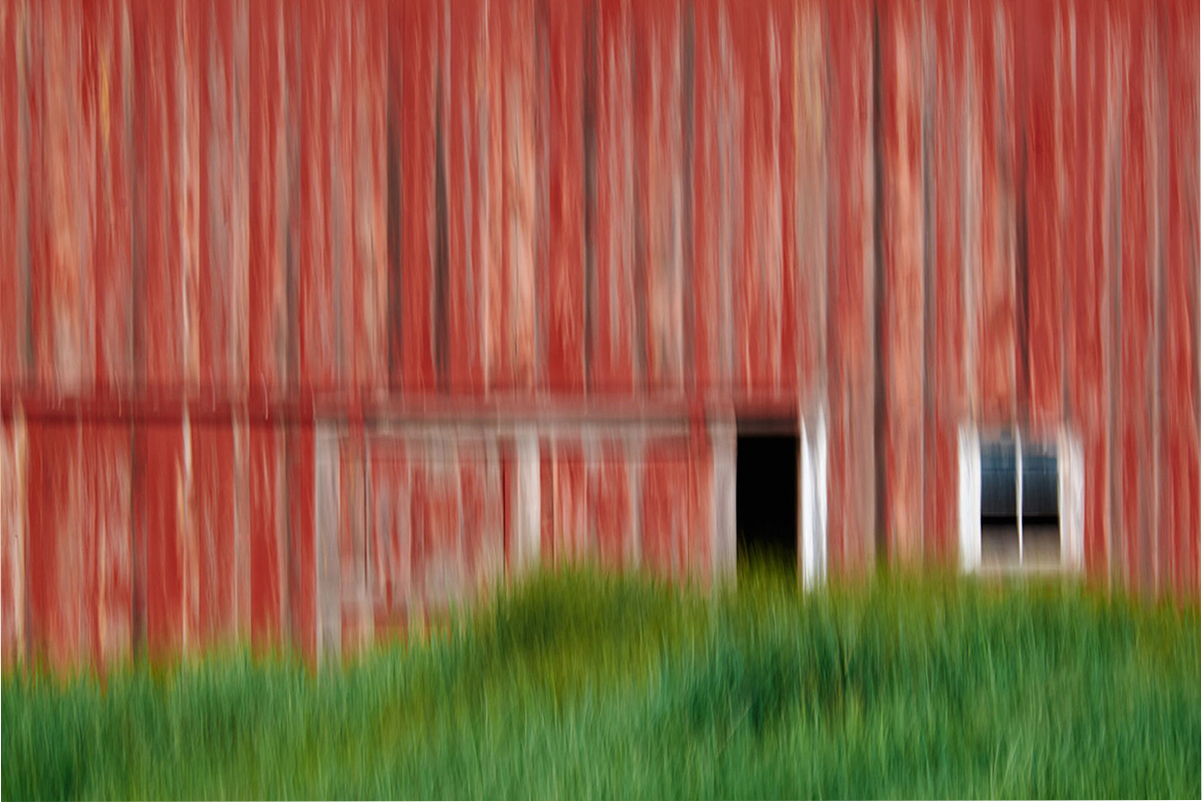 mary-doherty-barn-vertical-pan