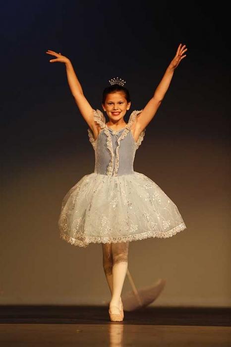 a1c8111-dance-recital-frostproof-fl