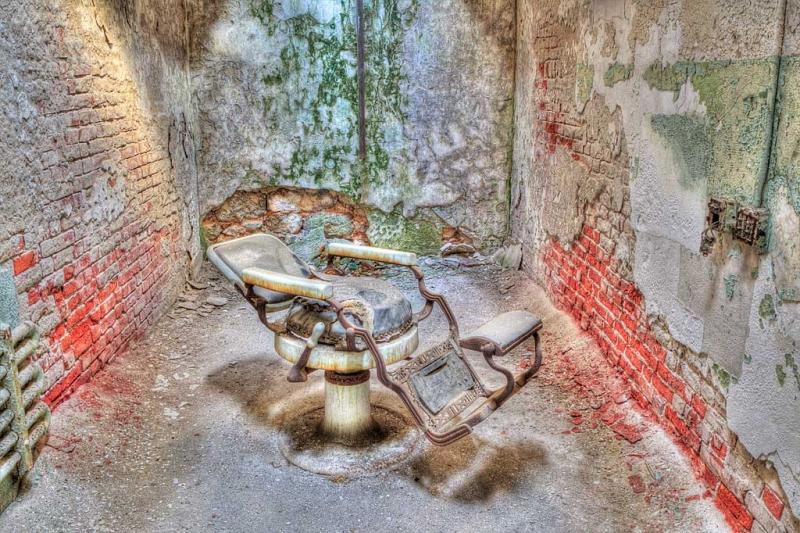 prison-barber-shop-hdr-_w3c0203-eastern-state-penitenitary-philadelphia-paand6more_tonemapped