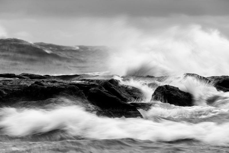 surf-breaking-over-jetty-_09u9773-barnegat-jetty-nj